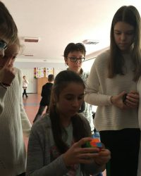 Турнір з швидкісного складання кубіка Рубіка